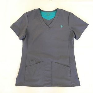 Med Couture Gold Gray Scrub Top M
